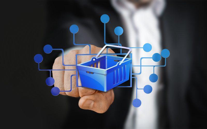 Webáruház bérlés vagy vásárlás: melyik éri meg jobban?